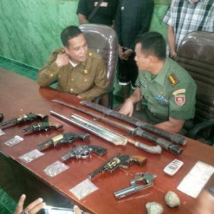Senpi rakitan yang berhasil diamankan aparat gabungan TNI